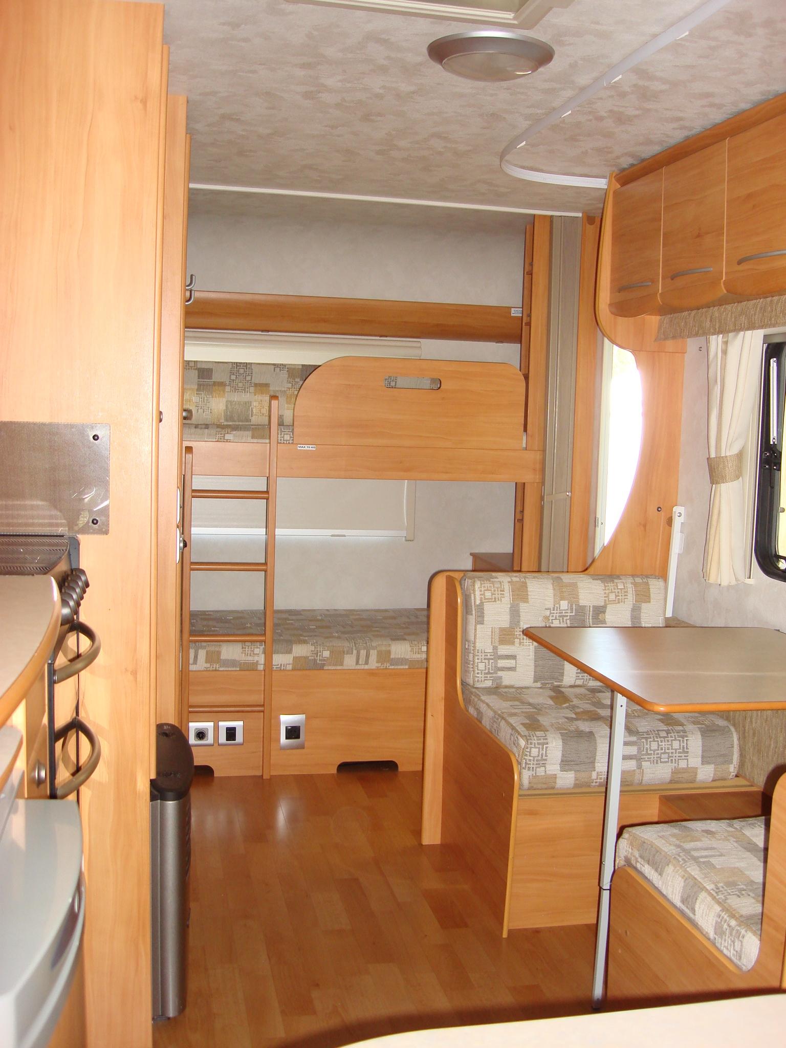 2007 Adria Adora 532uk 6 Berth Family Caravan Ezitow